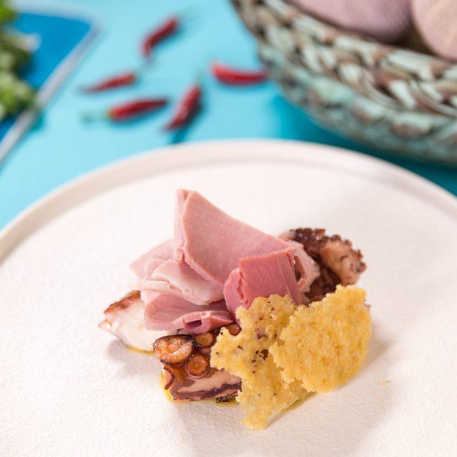 Polpo verace arrostito, parmigiano e prosciutto cotto